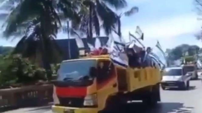 VIVA Militer: Sekelompok orang di Jayapura kibarkan bendera Israel