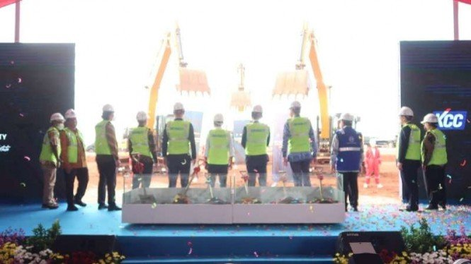Groundbreaking pabrik pertama di KIT Batang.