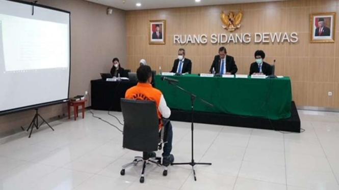 Sidang etik penyidik KPK AKP Stepanus Robin yang terima suap
