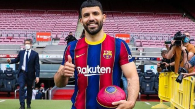 Bomber baru Barcelona, Sergio Aguero.