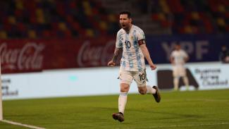 Selebrasi Lionel Messi usai bobol gawang Timnas Chile.