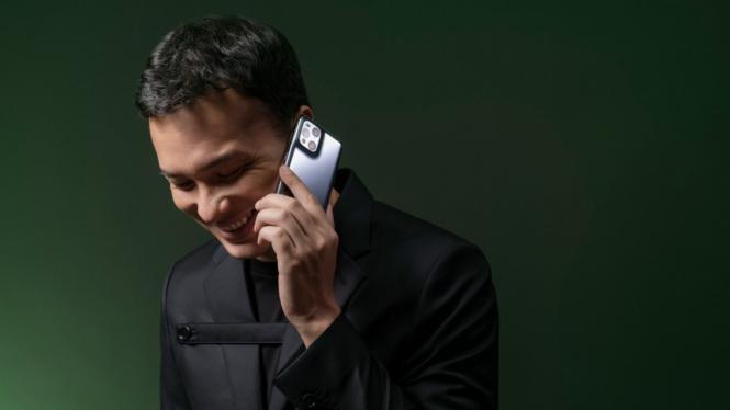 Oppo Find X3 Pro 5G dan Nicholas Saputra sebagai brand ambassador.