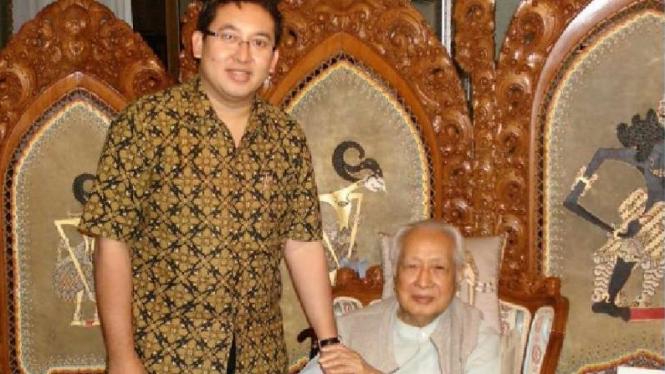 Fadli Zon bersama Almarhum Soeharto