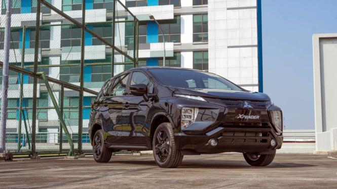 Mitsubishi Xpander Rockford Fosgate Black Edition