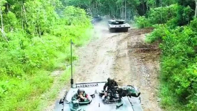 VIVA Militer: TNI AD latihan tempur di Puslatpur Kodiklatad Baturaja, Sumsel