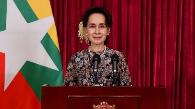 Aung San Suu Kyi.