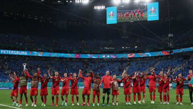 Timnas Belgia merayakan kemenangan atas Rusia di EURO 2020