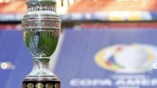 Trofi Copa America 2021