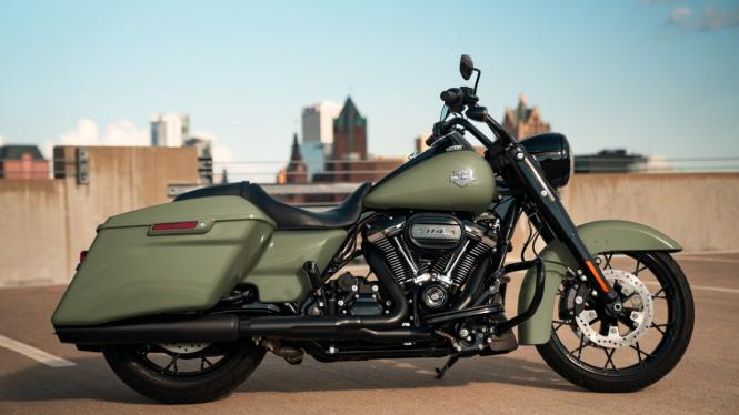 Harley-Davidson Road King Special.