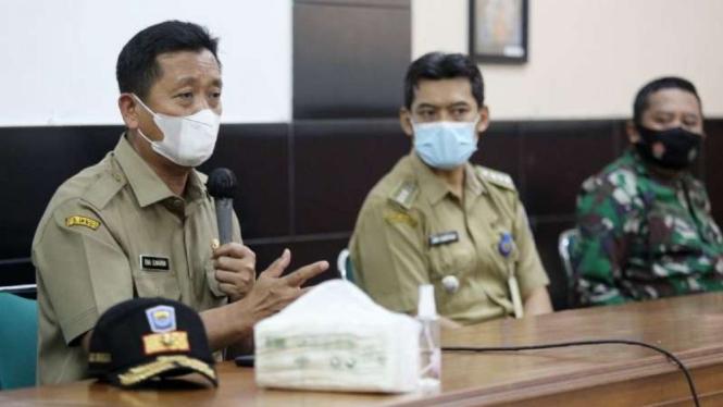 Ketua Satuan Tugas Penanganan COVID-19 Kota Bandung Ema Sumarna