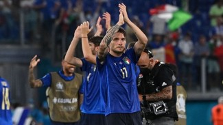 Pemain Italia usai mengalahkan Swiss