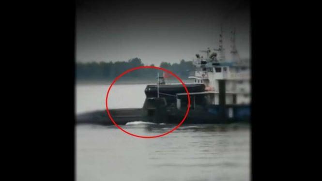 VIVA Militer: Penampakan kapal selam siluman China.