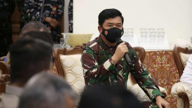 VIVA Militer: Panglima TNI Marsekal Hadi Tjahjanto di Jawa Timur