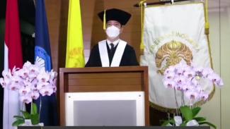 Prof Dr R Cecep Eka Permana, SS, MSi.