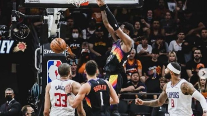 Duel Phoenix Suns vs LA Clippers.