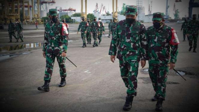 VIVA Militer: Wakasal tinjau kesiapan latihan perang TNI AL Armada Jaya 2021