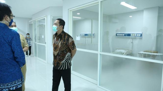 Wali Kota Semarang Hendrar Prihadi buka rumah sakit darurat COVID-19.