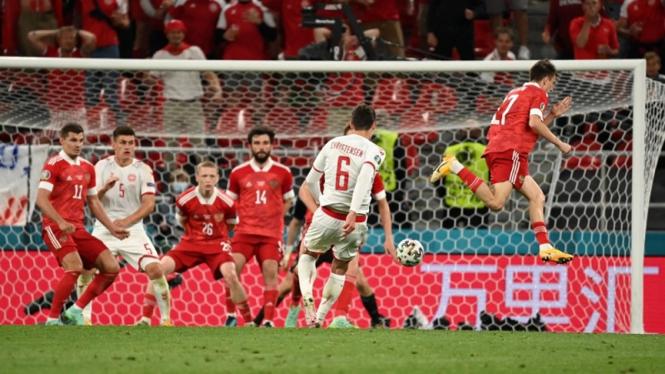 Pertandingan Denmark melawan Rusia di EURO 2020