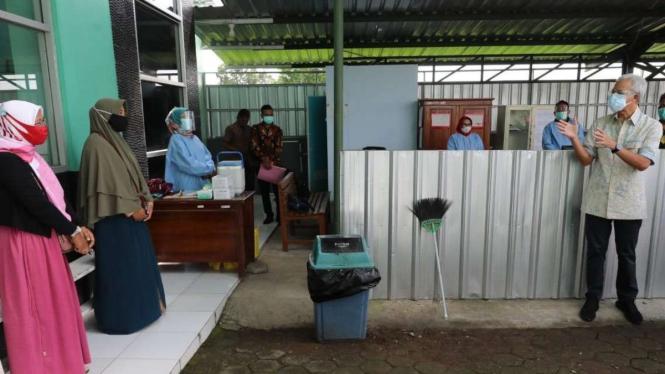 Gubernur Jawa Tengah Ganjar Pranowo di Pekalongan