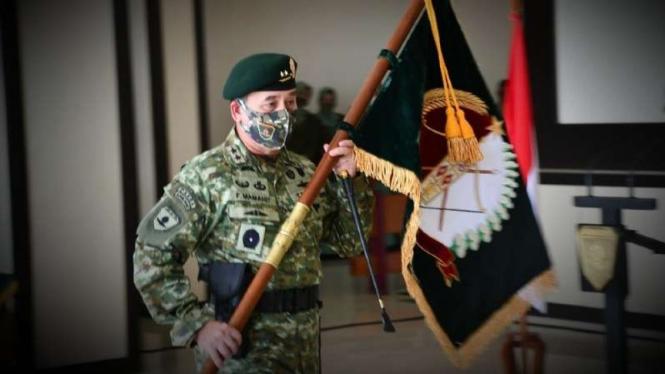 VIVA Militer: Panglima Divisi 3 Kostrad, Mayor Jenderal TNI Wanti W.F Mamahit