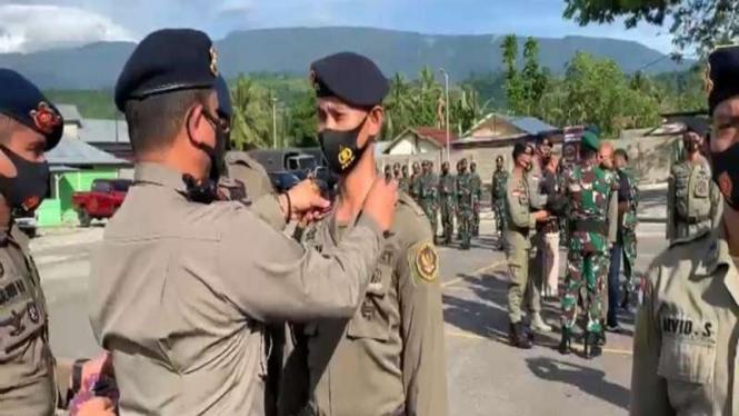 65 personel Satgas MadagoRaya menerima kenaikan pangkat