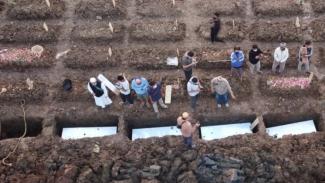 Pemakaman Jenazah Khusus Covid-19 di Rorotan