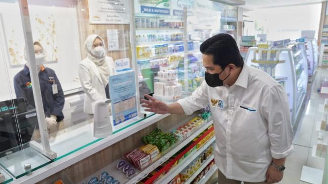 Menteri BUMN Erick Thohir melakukan sidak obat terapi COVID-19.