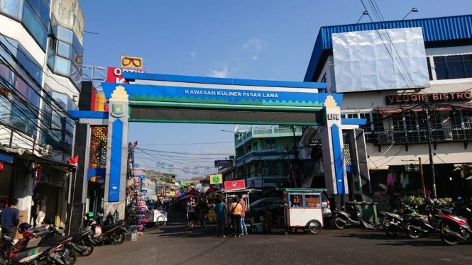 Pasar Lama Tangerang.