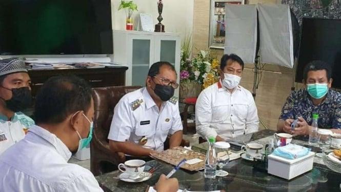 Wali Kota Makassar Danny Pomanto menerima kedatangan politisi PKS dan alim ulama