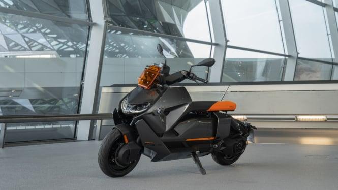 Motor listrik BMW CE04