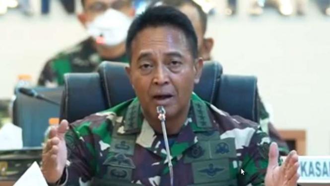 VIVA Militer: KSAD Jenderal TNI Andika Perkasa memimpin rapat penanganan COVID