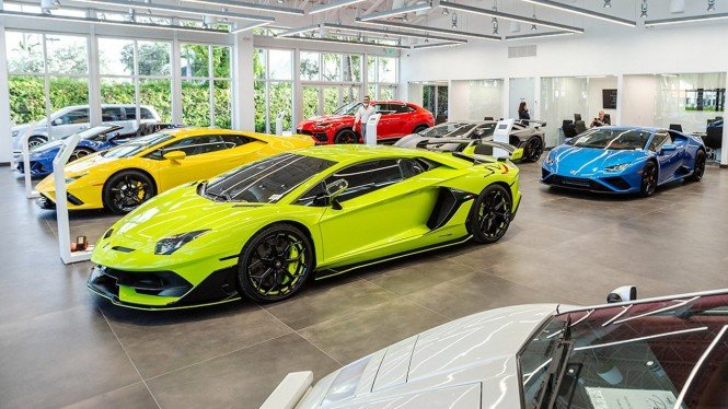 Ilustrasi diler Lamborghini.