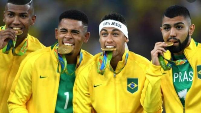 Timnas Brasil sabet medali emas Olimpiade 2016.