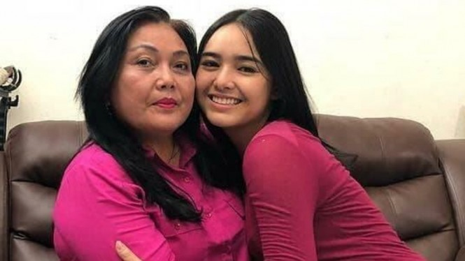 Amanda Manopo dan Ibunya