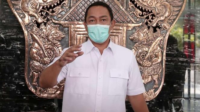 Wali Kota Semarang Hendrar Prihadi saat memberi keterangan pers.