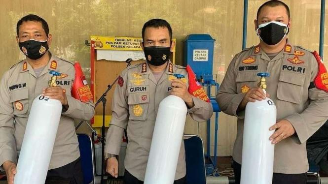 Polsek Kelapa Gading Jakarta Utara, Pinjamkan Tabung Oksigen untuk Isoman