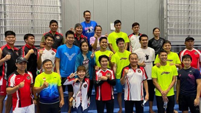 Skuad Bulutangkis Indonesia di Jepang