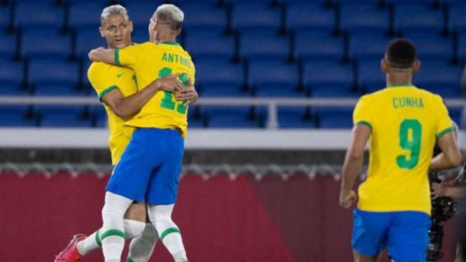 Pemain Timnas Brasil U-23, Richarlison rayakan gol
