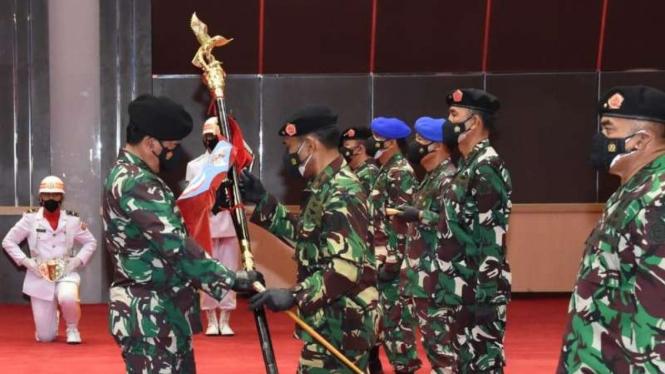 VIVA Militer: Panglima TNI pimpin Sertijab Komandan PMPP dan Danpuspom TNI