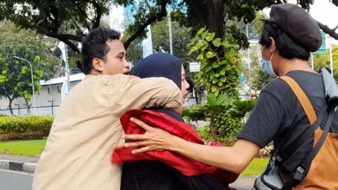 Pendemo di Monas ditangkap polisi