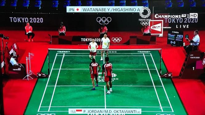 Duel Praveen Jordan/Melati Daeva Oktavianti vs Yuta Watanabe/Arisa Higashino.