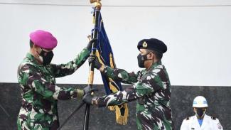 VIVA Militer: Danlantamal III pimpin upacara Sertijab di Mako Lantamal Jakarta