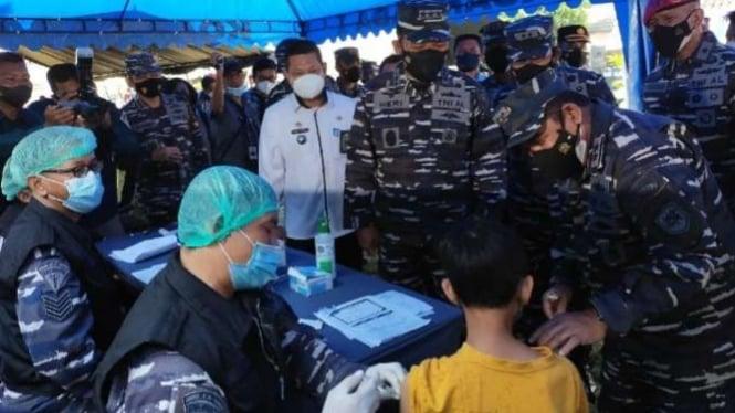 VIVA Militer: Wakasal tinjau vaksinasi di Jonggol Kab.Bogor