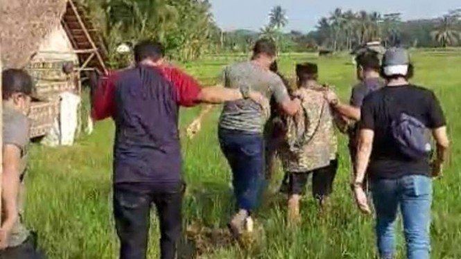 Penangkapan pelaku pembunuhan petani di Pandeglang, Banten.