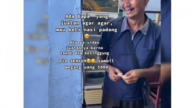 Pria tua ingin bei nasi padang