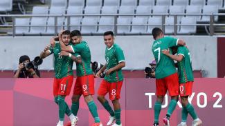 Pemain Meksiko merayakan gol usai hajar Korea Selatan