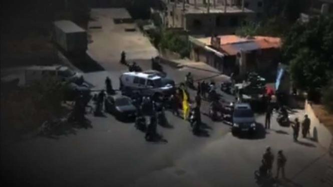 VIVA Militer: Tentara Lebanon lakukan sweeping.