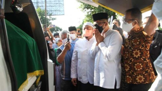 Pelepasan jenazah pemilik Batik Danar Hadi Solo