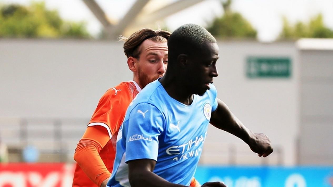 Pertandingan Manchester City vs Blackpool