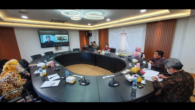 Rapat usulan calon penerima tanda kehormatan SLKS 2021